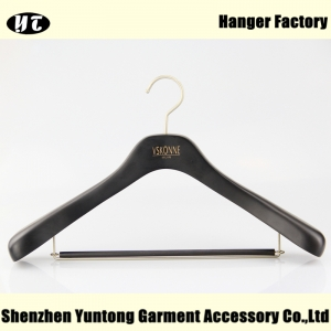 China hanger factory black wood coat and suit hanger with locking bar for pants[SWH 038]