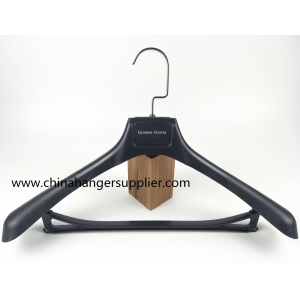 Cost effective China hanger factory plastic suit hanger[PTW 021]