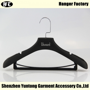 MSR-001 Black Rubber Coated Suits Hangers For Wholesale