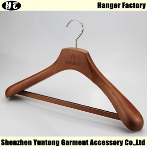 Men clothes high end  beech wood hanger with locking bar China supplier factory [MSW 015]