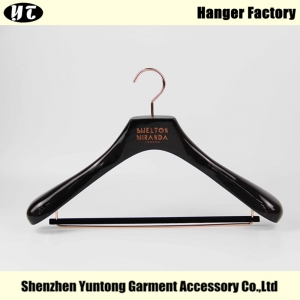 Gloss brown color for suits custom luxury wooden clothes China hanger supplier factory [MSW 023]