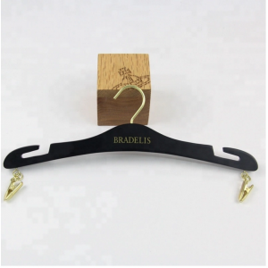 WBW-007 china hanger factory luxury wooden underwear hanger bra hanger