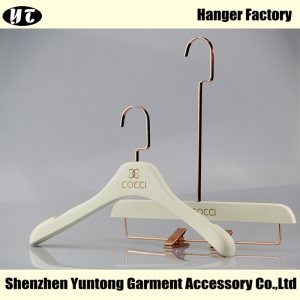 WSW-001 white wooden coat hanger with rose gold hook skirt hanger