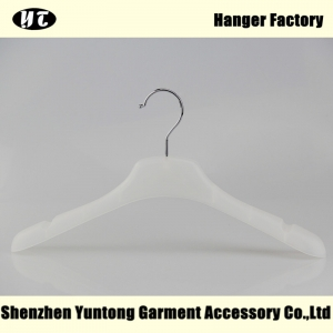 WTP-005 high quality plastic hanger for lady cheap plastic hanger with notches for non slip