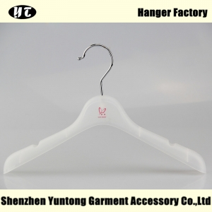 KTP-003 low price high quality kids plastic hanger for wholesale