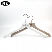 China Easy China hanger supplier wooden shirt clothes hanger factory