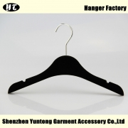 China KTV-003 black kids flocked hanger velvet hanger factory