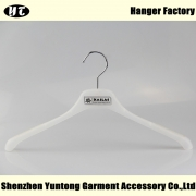 China MTP-001 Good quality plastic hanger shirt hanger factory