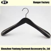 China MTW-006 custom black beech wood hanger men coat hanger factory