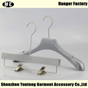 China WSW-012 Custom logo wood hanger women hanger factory