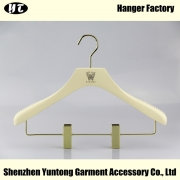 China WSW-015 brand store wooden clips dress hanger women skirts suit clothes wooden hanger factory