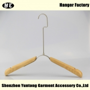 China WTW-004 Fashion wood cloth hanger for display clothes factory